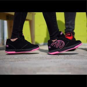 Heelys Youth Girls Size 1 Skate Shoes Pink/Black